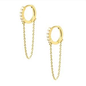 Pendientes Aro Cadena Oro. Aros con piedras tipo diamante y cadena. Aros dorados con circonitas y pequeñas cadenas.