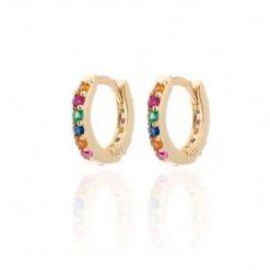 Pendientes Emily Rainbow de Oro. Pequeños pendientes de aro mini dorados con sus pequeñas piedras de colores.