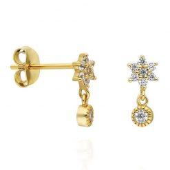 Pendientes Florecita Oro. Pendientes mini dorados con diamantes en forma de flor y charm colgante con chatón. Oro y plata.