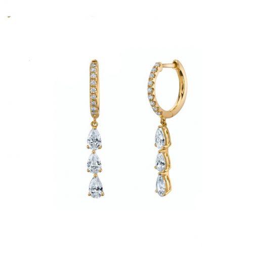 Pendientes Largos Cascada Oro. Preciosos aritos con diamantes que cuelgan. Pendientes largos de aro de Plata con colgante de diamantes.