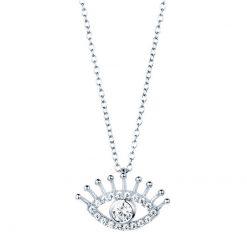 Colgante Mal de Ojo Plata. Collar dorado de cadena con charm colgante en forma de ojo con diamantes, hecho en plata.