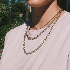Collar Cadena Dorada Corta a la clavícula. Collar dorado de eslabones con cierre de palanca. Collar cadenas de oro mujer de acero.